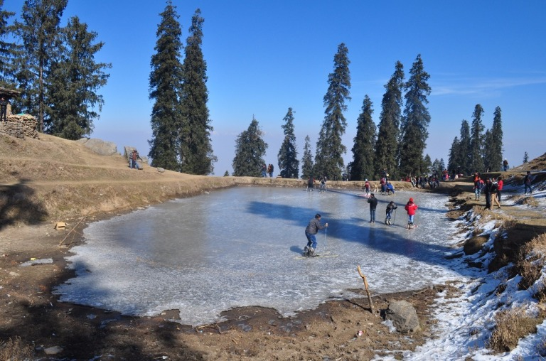2.1468160352.frozen-lake-at-hatu-1