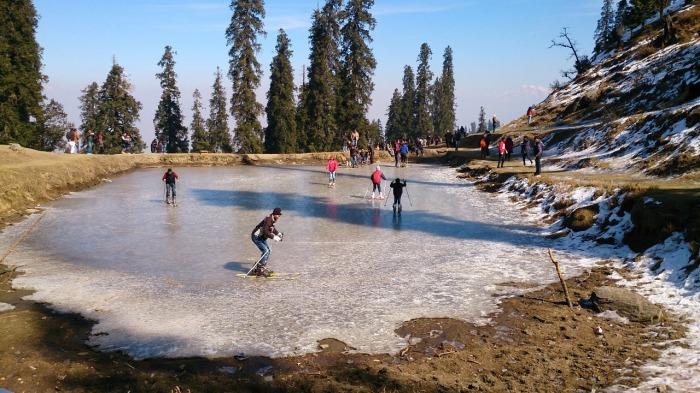 2.1468160352.frozen-lake-at-hatu-2