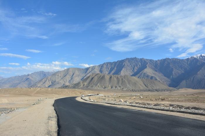 Road to Leh.jpg