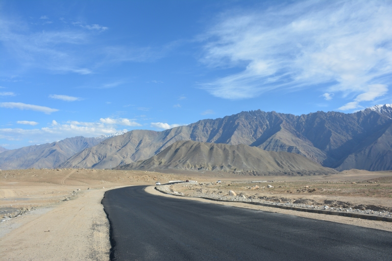 Road to Leh.jpg