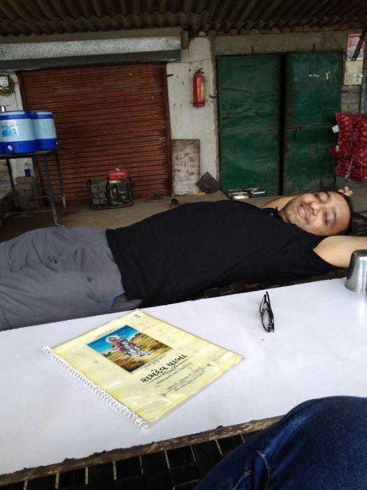 Bangalore to Gurgaon trip: power nap