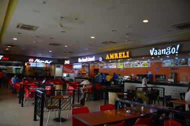 Food court on Yamuna Expressway-1